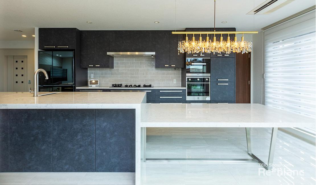 https://www.reblanc.com/case/design-ordermade-kitchen/002081.html