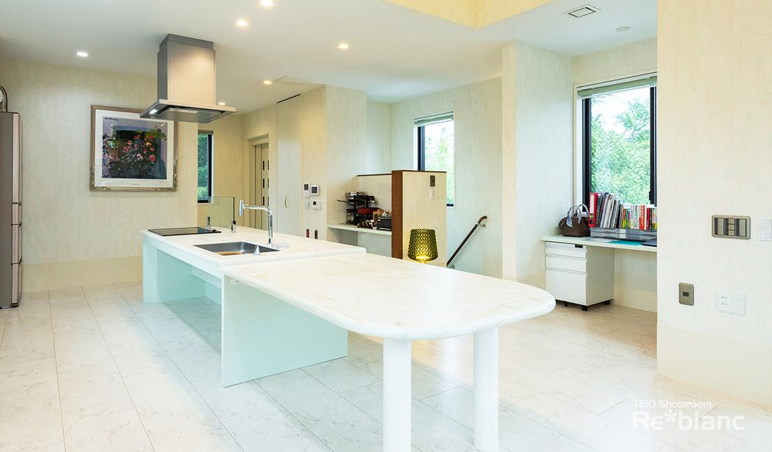 https://www.reblanc.com/case/design-ordermade-kitchen/002126.html
