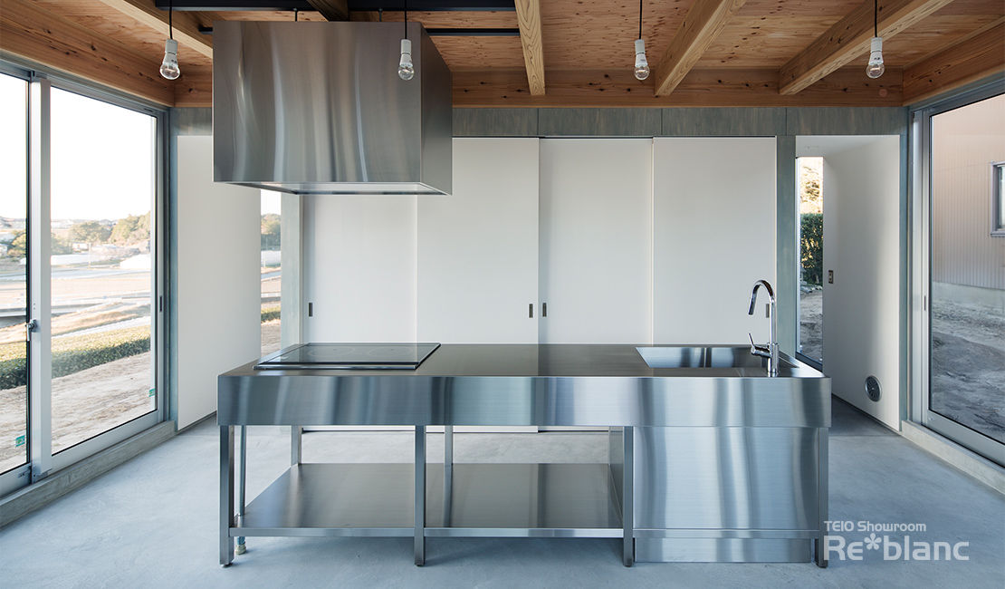 https://www.reblanc.com/case/design-ordermade-kitchen/001118.html