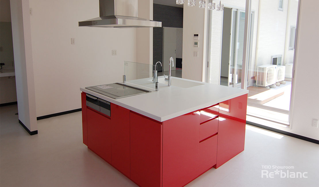 http://www.reblanc.com/case/design-ordermade-kitchen/001119.html