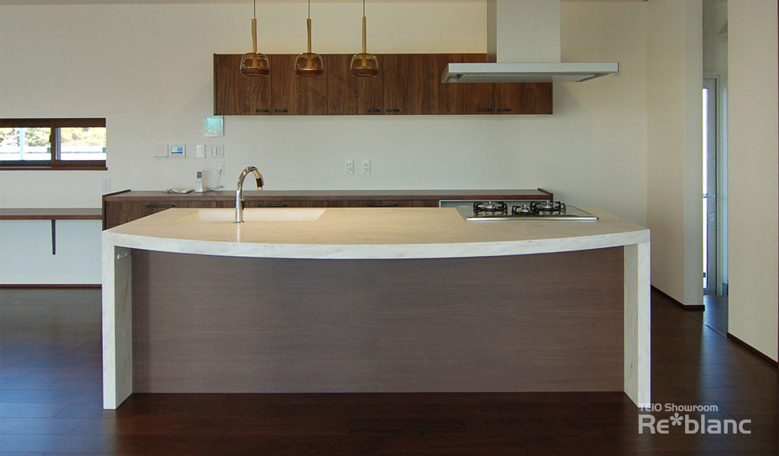https://www.reblanc.com/case/design-ordermade-kitchen/001133.html