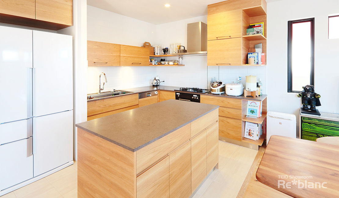 https://www.reblanc.com/case/design-ordermade-kitchen/001137.html
