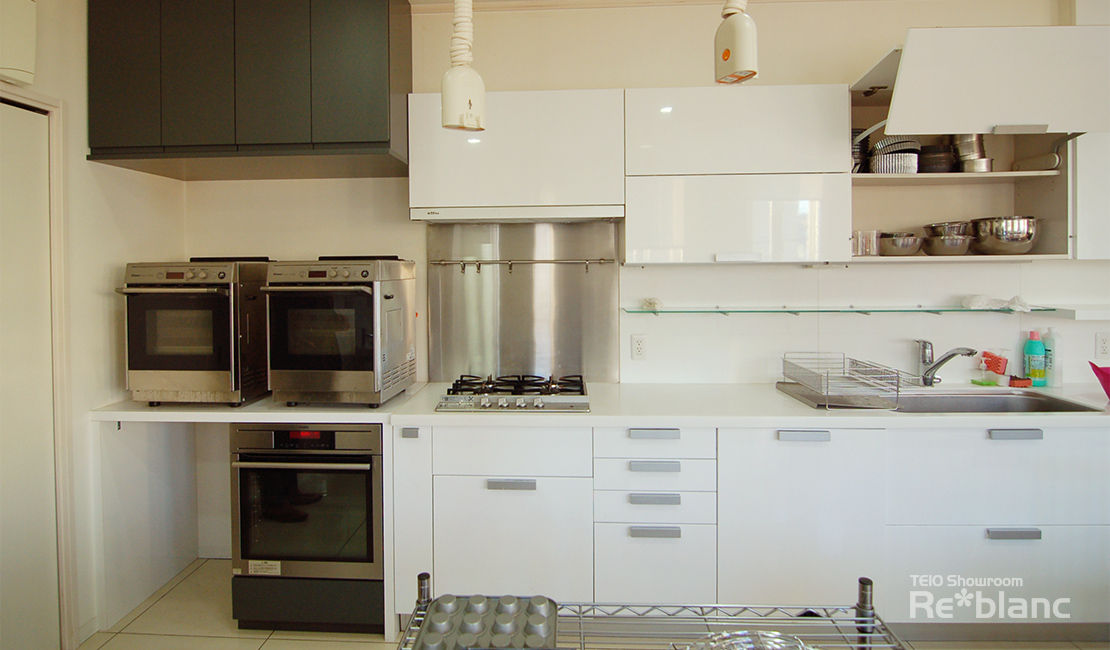 http://www.reblanc.com/case/mechanical-ordermade-kitchen/001240.html