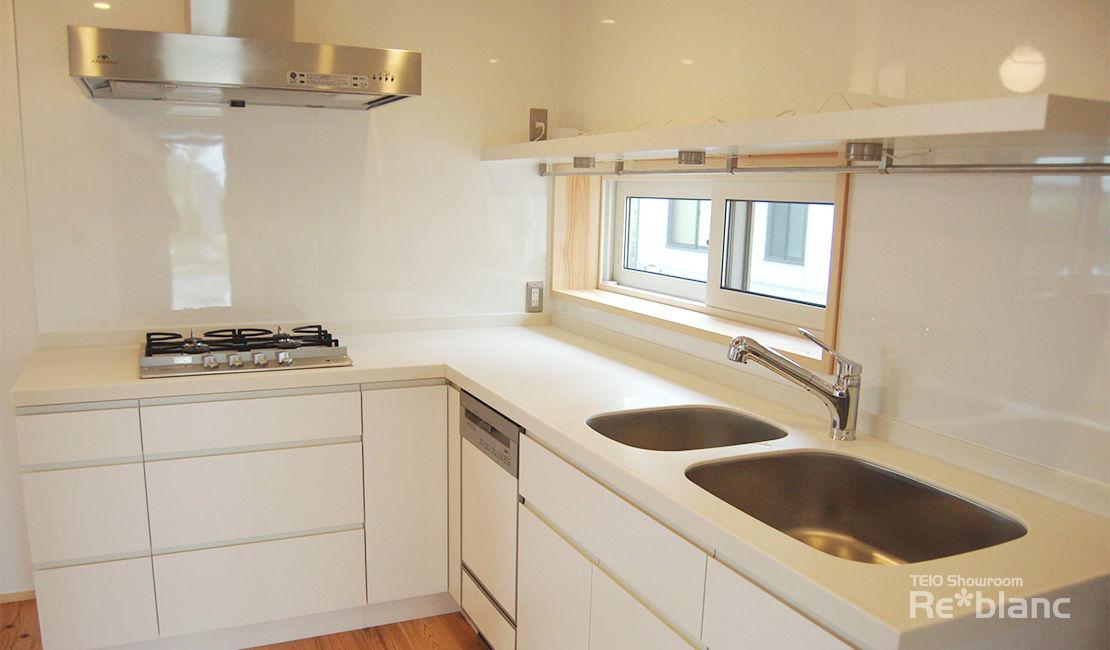 http://www.reblanc.com/case/mechanical-ordermade-kitchen/001247.html