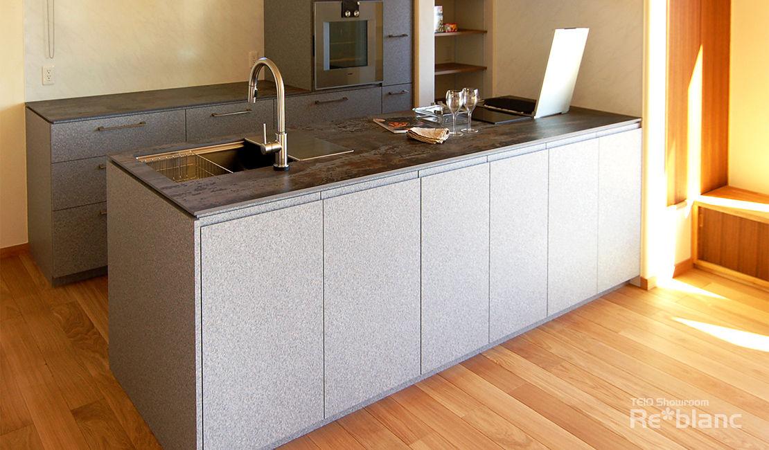 http://www.reblanc.com/case/mechanical-ordermade-kitchen/001251.html