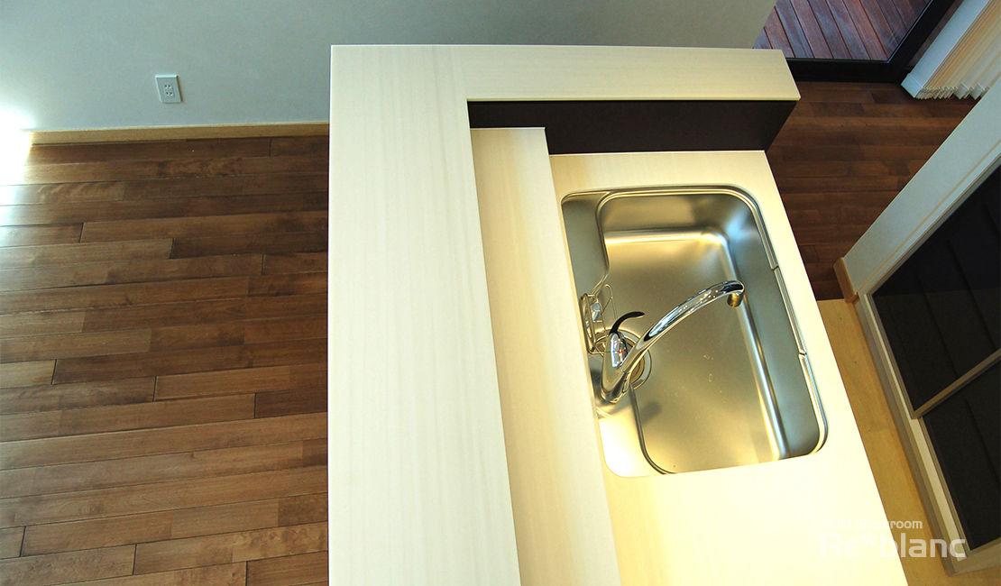 https://www.reblanc.com/case/storage-ordermade-kitchen/001249.html