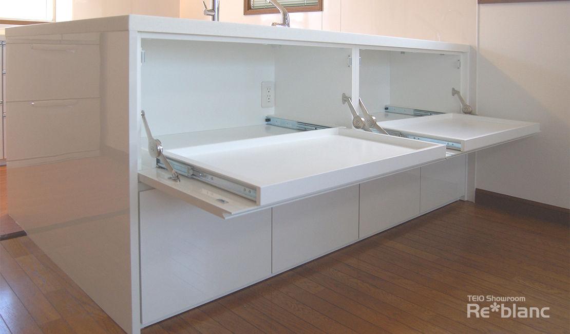 http://www.reblanc.com/case/storage-ordermade-kitchen/001252.html