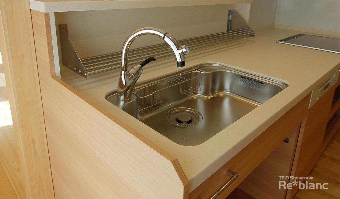 https://www.reblanc.com/case/storage-ordermade-kitchen/001255.html