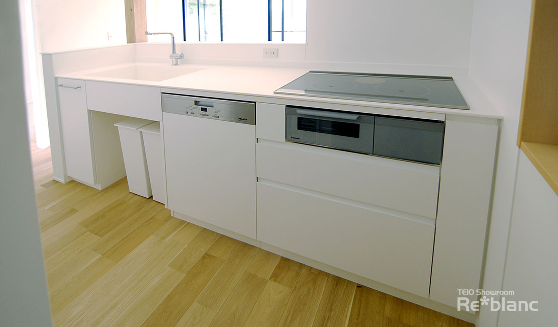 https://www.reblanc.com/case/mechanical-ordermade-kitchen/001911.html