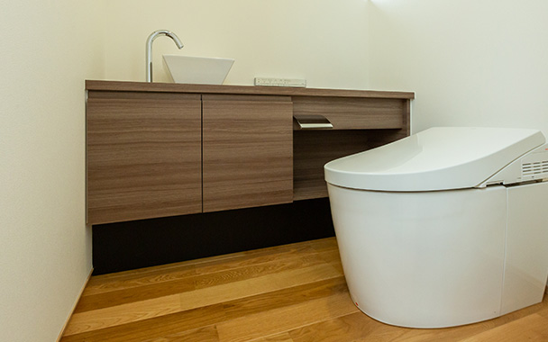 https://www.reblanc.com/case/lavatory/002103.html
