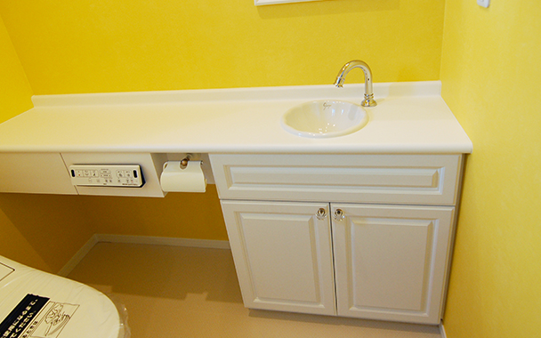 http://www.reblanc.com/case/lavatory/001910.html