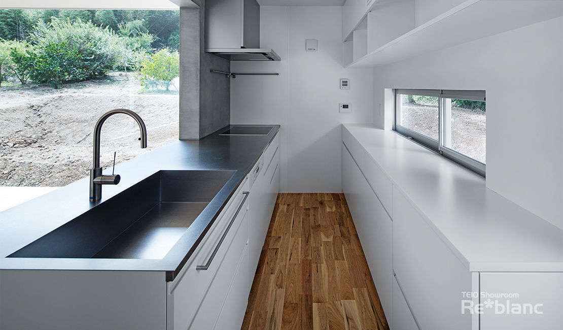 https://www.reblanc.com/case/design-ordermade-kitchen/001110.html